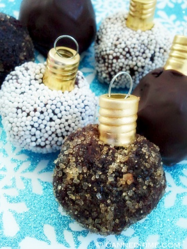 Vegan Ornament Cake Balls